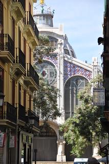 Kuva Central Market lähellä Valencia. ceramica valencia architecture tile arquitectura ceramics iron market mercado azulejo cupula marche ceramique mercat ferro hierro rajola