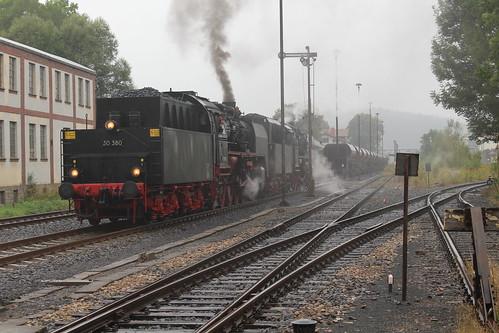 2016-09-17; 186. Loc 50 1380-0 (Meininger 50 3501) en ZL 50 3648-8 met Guterzug 403. Themar