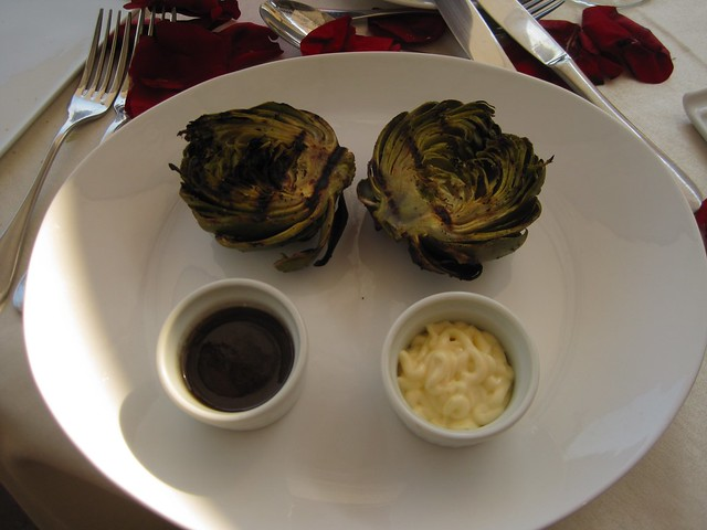 el-convento-boutique-restaurant-romantic-dinner-antigua-guatemala-roasted-artichokes