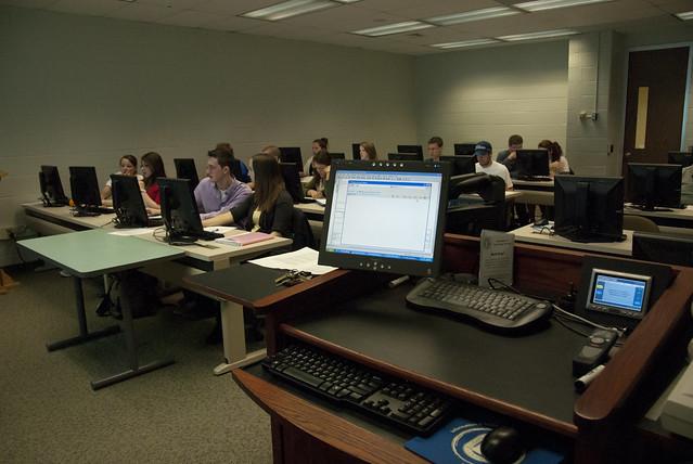 Political-Science-Lab-2011-49