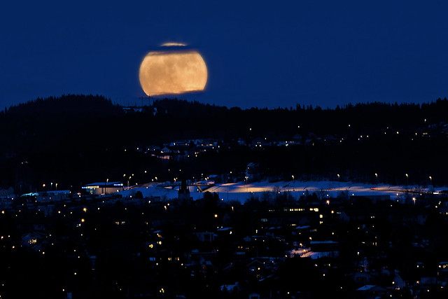 Super Moon in Trondheim, Norway (Explored 20/3-2011)