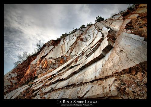 La Roca Sobre Laroya