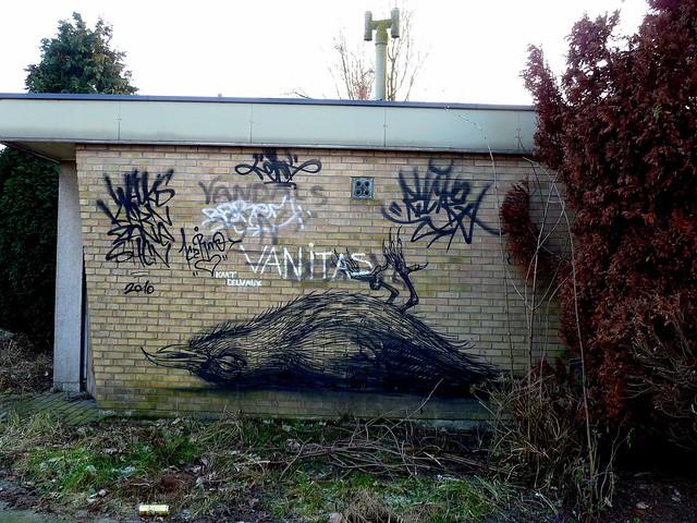 graffiti - streetart | roa | doel . belgium