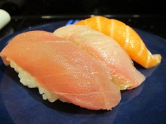 salmon-like fish(0.0), fish(0.0), produce(0.0), salmon(1.0), sashimi(1.0), fish(1.0), sushi(1.0), lox(1.0), food(1.0), dish(1.0), cuisine(1.0), smoked salmon(1.0),