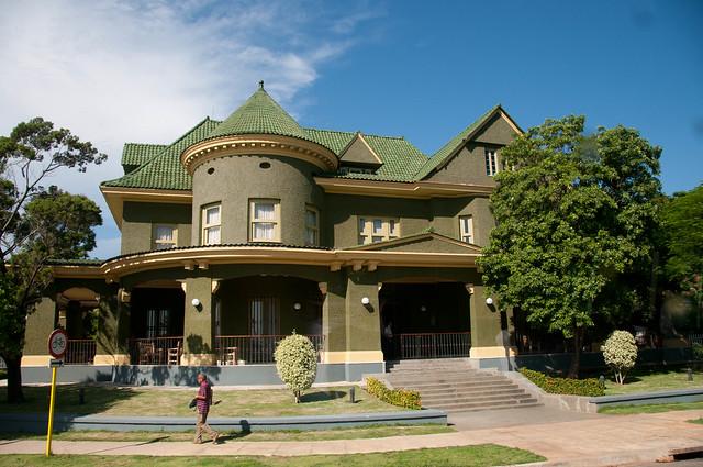 Havana mansion flickr photo sharing for Casa mansion los jardines havana