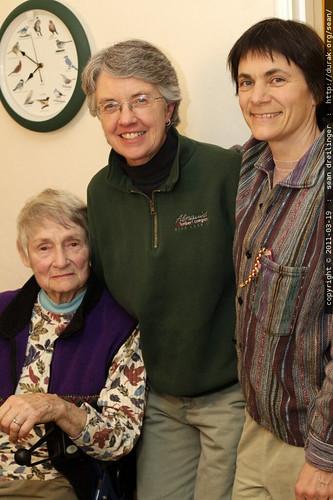 after dinner   grandma joan, jeni sue & carlisle