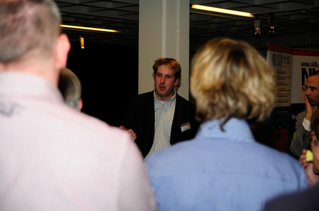 Dsc7563 Walter Doing The Dimensys Demo Twan Van Den