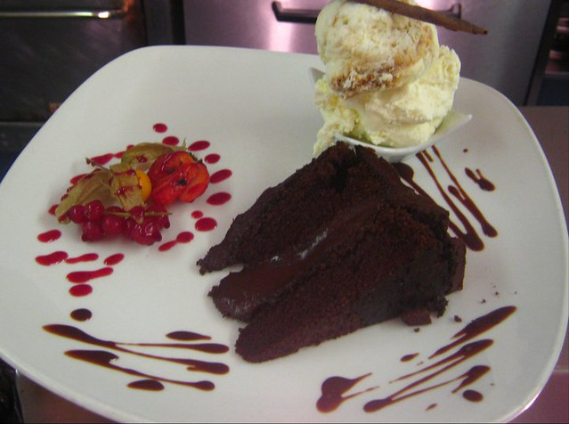 hot chocolate fudge cake | Flickr - Photo Sharing!
