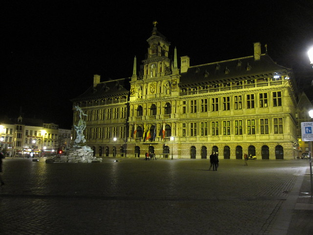 Antwerp City Hall and Grote Markt