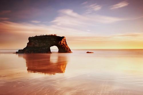 longexposure sunset orange santacruz reflection arch naturalbridgesstatebeach naturesdrybrusheffect