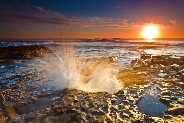 The Golden (hour) splash!