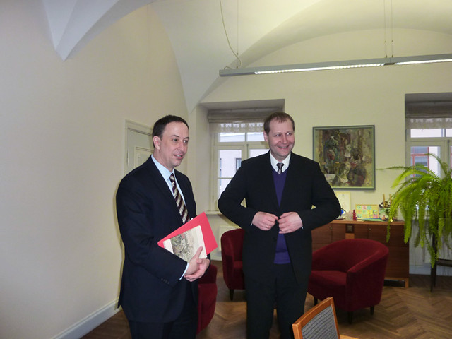 Chargé d'Affaires Robert Gilchrist visited Tartu on January 25, 2011