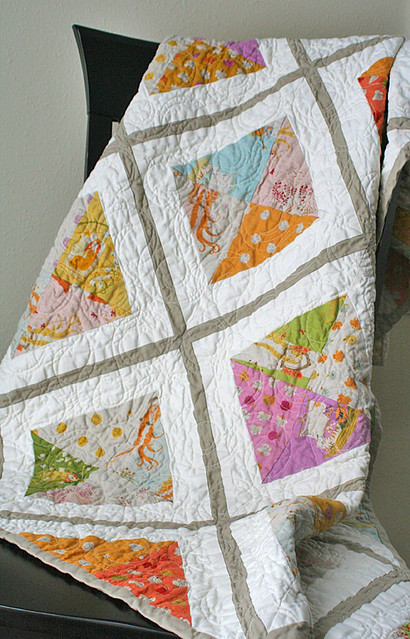Urban Lattice quilt complete