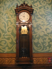 decor(1.0), furniture(1.0), wood(1.0), longcase clock(1.0), antique(1.0), clock(1.0),