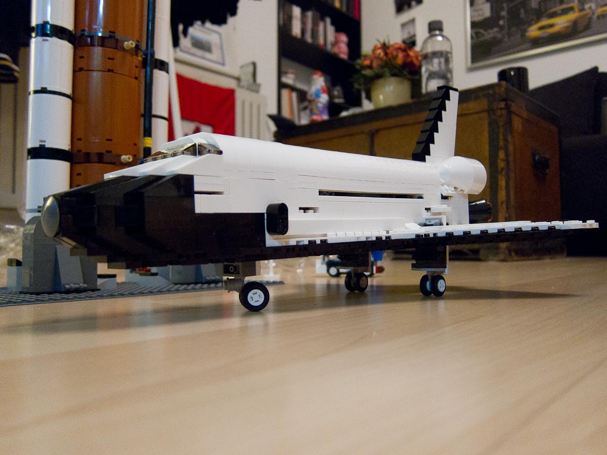 space shuttle lego 10213 - photo #28