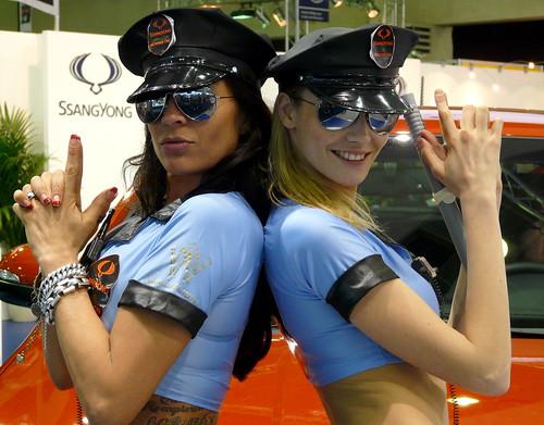Pistolero girls