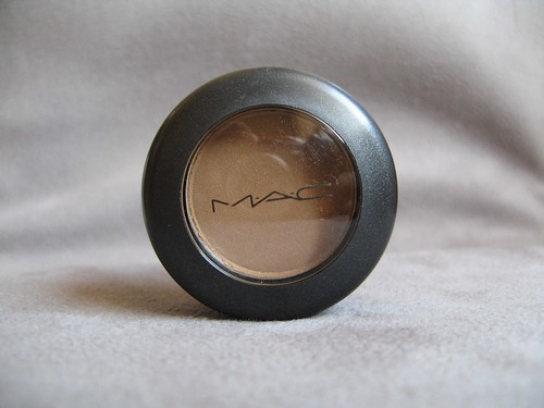MAC Soba Eyeshadow Review & Swatches   Mac Soba