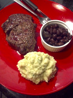 4 Hour Body Dinner - Ribeye Steak with Mashed Faux-tatoes and Black Beans