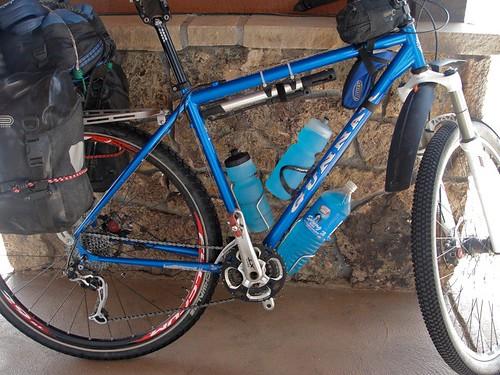 <p>Gunnar Rock Tour 29er on a Banff to Mexico Tour on the Great Divide Trail.  58906.  Bike portrait.</p>