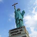 Statue of Liberation Through Christ
