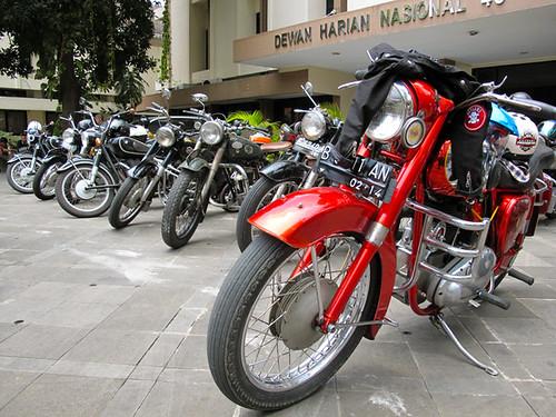 Motor Antique Club Indonesia _8
