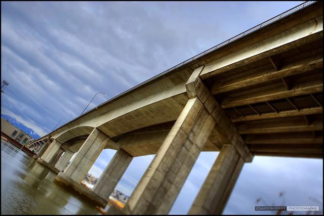 Knight Street Bridge