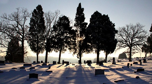 cold morning at Oak Cemetary