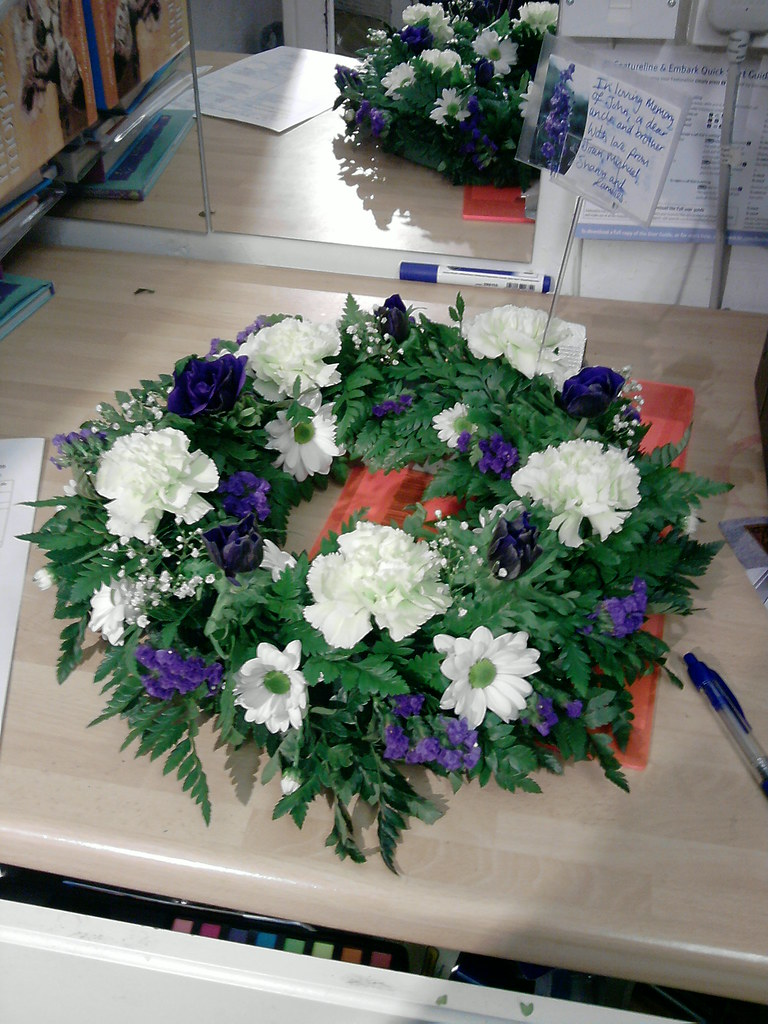 Funeral Flowers Wreath Funeral Flowers Bloomsbury Flowers