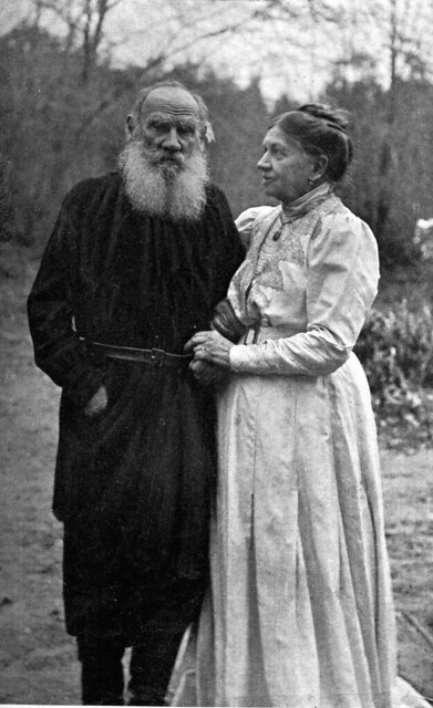 Leo Tolstoy with his wife Sophia (1910)