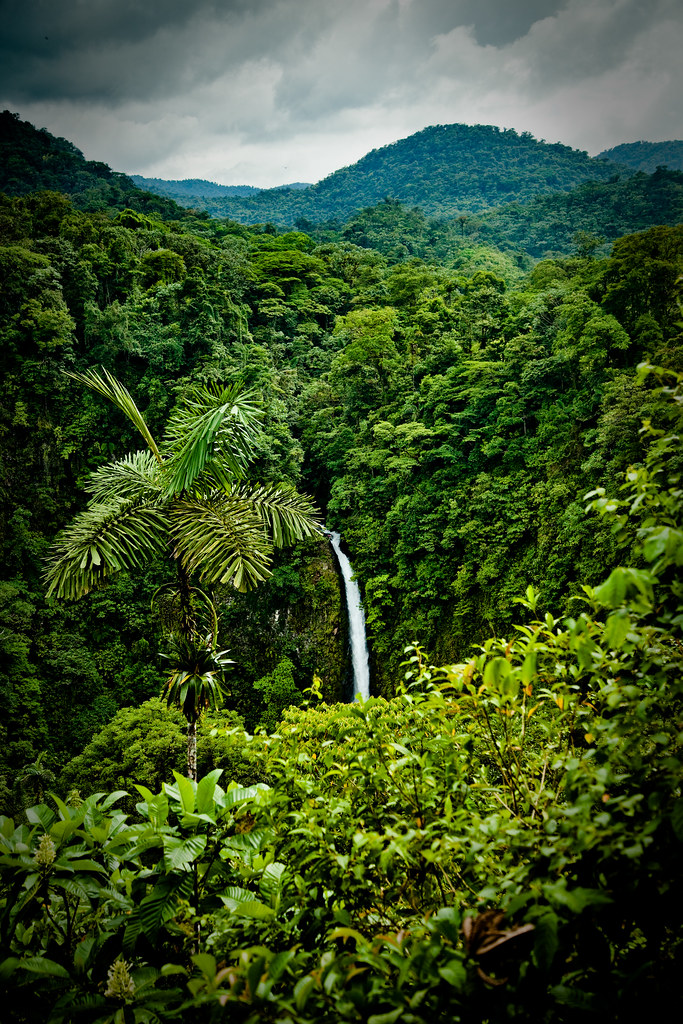 la fortuna waterfall costa rica