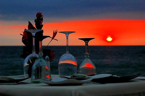 ocean sunset sun colors dinner mexico restaurant glasses cafe puertovallarta