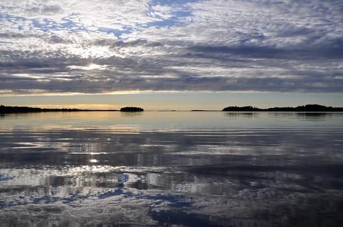lake reflection finland calm orivesi järvi tyyni peilityyni