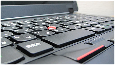 赤いThinkPad「ThinkPad Edge E420」が受注再開!!
