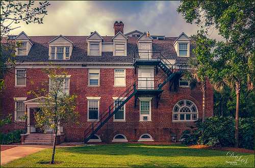 Image of Chaudoin Hall at Stetson University