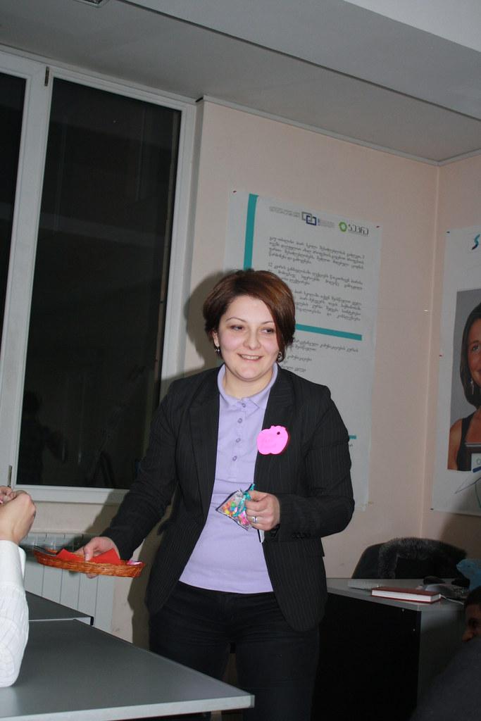PRSchool - IMC №1 - January 2011_ Presentation in Effective Communication