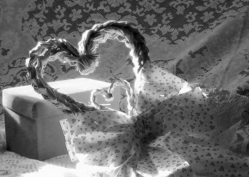 county light bw sunlight blackwhite md day heart natural lace maryland valentine bow valentines ribbon wicker cumberland available allegany javcon117 frostphotos art435
