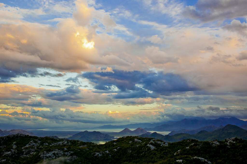 горы-закат