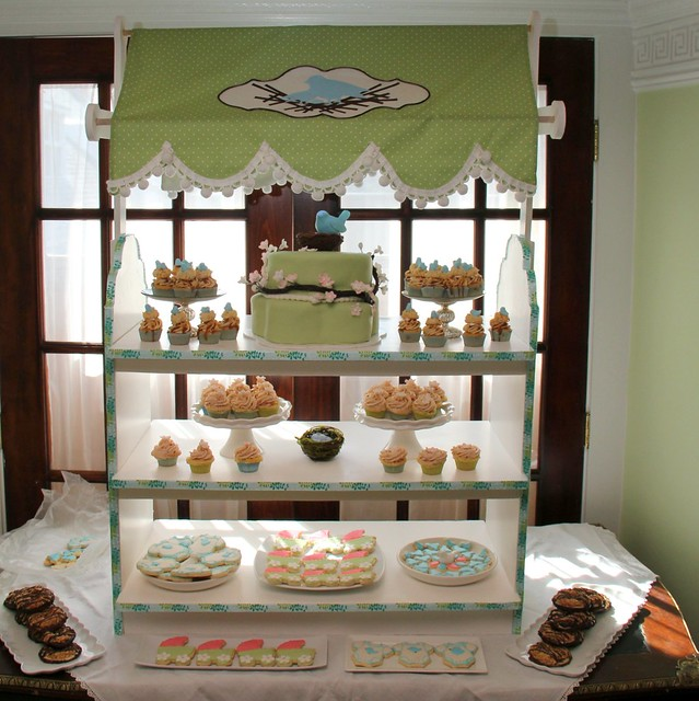 Display Baby Shower: Feathering The Nest Baby Shower Dessert Display Stand