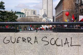 Manifestación contra el pacto social