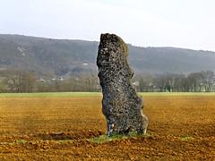 Menhir de Pierre Fiche à Simandre sur Suran - Ain