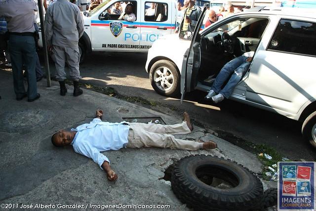 Mueren dos en tiroteo en la Duarte