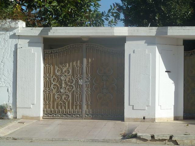 Porte ext rieure en fer forg tunis 2011 flickr for Porte exterieur fer forge tunisie