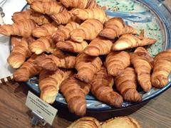 baking, baked goods, bakery, food, viennoiserie, cuisine, danish pastry, croissant,