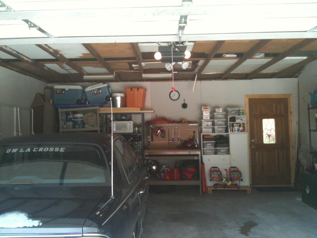 Sara and patrick garage clean up for Garage patrick auto meyzieu