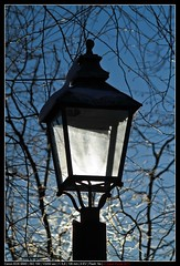 The sun and the street lamp