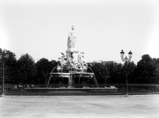 Fontaine Pradier, Nîmes, mai 1904