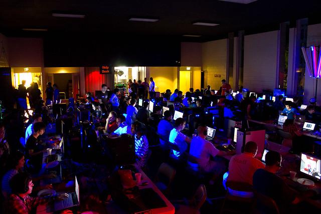 Overkill LAN: USF 10