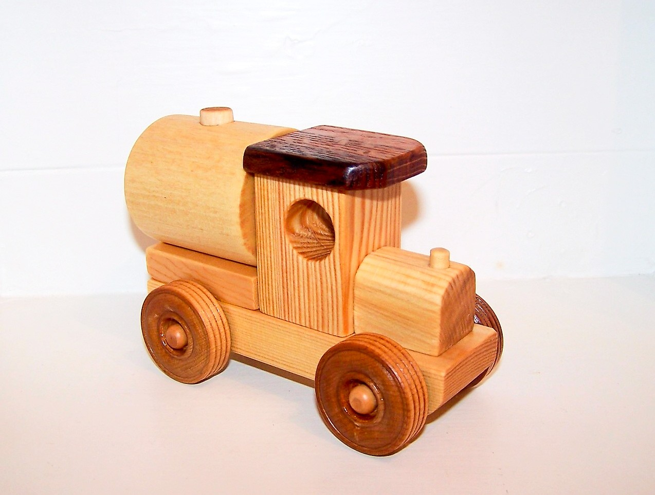 ... Wooden Toy Tank Plans , Wooden Toy Car , Wooden Toy Plane , Wooden Toy