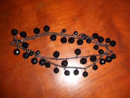 old navy black bead necklace