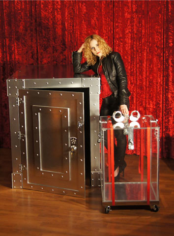 Dayle Krall's Vault and Water Cell Escape